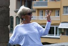 V (g_u) Tags: people woman florence donna hand gente victory persone v mano firenze gu pontevecchio ugo vittoria