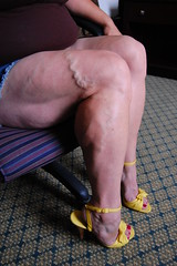 DSC_0187jj (ARDENT PHOTOGRAPHER) Tags: highheels muscular veins calves flexing veiny bodybuildingwoman