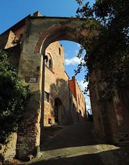 Certaldo - 3 (anto_gal) Tags: toscana firenze certaldo alto valdelsa centrostorico borgo torri casa boccaccio 2016 medioevo porta mura