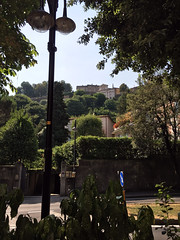Bergamo - The Porta San Giacomo of the Venetian Walls. (arwed.kubisch1) Tags: italia italy italien bergamo porta san giacomo mura venete venetian walls venezianischer wall mauer trees bume clear sky klar himmel