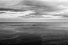 Un barco (ccc.39) Tags: cantbrico asturias barco buque seascape nubes