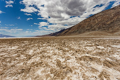 Badwater (patrickdunse) Tags: 1740mm 6d america amerika badwater badwaterbasin berge california canon canon6d canonef1740mmf4lusm canoneos6d deathvalley desert eos felsen frhling kalifornien landscape landschaft mountains natur nature panoramalens rocks spring usa usm unitedstates weitwinkel weitwinkelobjektiv west westen wste panorama wideangle wideanglelens