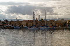 Chania_03_17102016-1035 (john houv) Tags: chania crete mediterranean oldharbour oldharbor lighthouse reflection