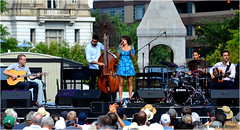 Cyrille Aimee Ensemble, 2016 Detroit Jazz Festival (jackman on jazz) Tags: alanjackman jackmanonjazz nikon nikkor d7000 55300mm detroit jazz festival michigan cyrille aimee singer vocalist sing song french france music sandles smile laugh gypsies delightful animated dainty talented nice ensemble guitar drums bass chanter dress blue