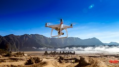 Bromo_Mehdi_on_air-13 (mehdinaoui) Tags: bromo bromomountains bromomountain mountain wonderfulindonesia indonesia asia southeastasia travel mehdionair dji phantom4 phantom 4 drone volcano beautiful backpacker backpackers