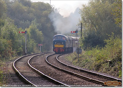 D182 (46045) leads 45041 'ROYAL TANK REGIMENT' on 2E50, Longueville Junction, October 15th 2016 a (Bristol RE) Tags: d182 182 46045 46 class46 nvr nenevalleyrailway longuevillejunction peak 45041 d53 53 45 class45 royaltankregiment