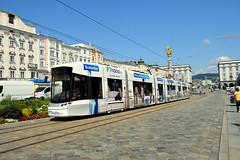 Linz (Austria) (jens_helmecke) Tags: tram stasenbahn fahrzeug jens helmecke linz stadt donau nikon o sterreich austria