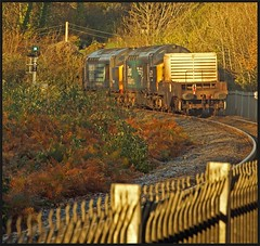 Green light. (peterdouglas1) Tags: 6d43 valleyflasks class37sdirectrailservices 37259 37069 britanniabridge anglesey northwalescoastrailway