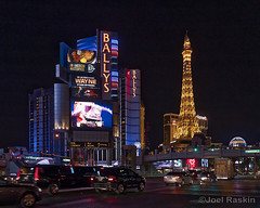 On the Strip at Night (Joel Raskin) Tags: lasvegas lasvegasstrip lasvegasboulevard vegasstrip vegas thestrip ballys paris nevada night streetscene lumixgx8