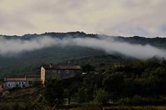 Nube arqueada (enrique1959 -) Tags: martesdenubes martes nubes nwn butrera burgos españa europa castillayleon concordians