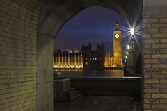 Indietro nel tempo / Back in time (Westminster, London, United Kingdom) (AndreaPucci) Tags: london westminster uk night thames housesofparliament gothic bigben andreapucci canoneos60 abbey bridge