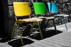 The Three Friends (Jannik K) Tags: barcelona catalunya spanien chairs chair stuhl sthle color colour farbe farben bw sw gelb grn blau yellow blue green schwarz weis black white samsung nx1 spain barca 3 three friends