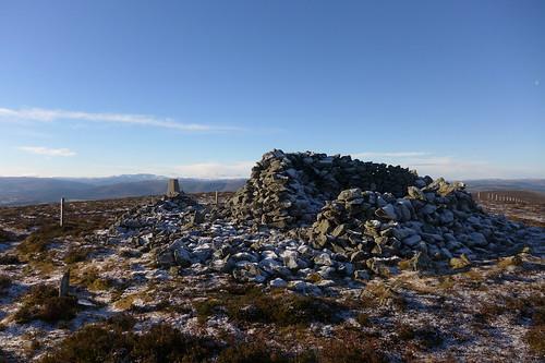 Ancient cairn at sumit of Pressendye