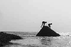 (Arun Veerappan) Tags: kid alamparai fishing chennai backwaters bnw blackandwhite 121clicks emphoka uclickframe shutterstoppers ngc nationalgeographic nationalgeotraveller natgeo ar arun arunveer arunveerappan 2016