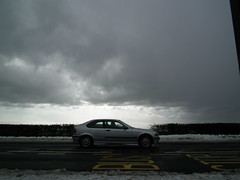 catch the car (Helen Marie Brown) Tags: england snow bus car north east stop finepix fujifilm snowing shelter codurham ferryhill hs10 helenmariebrown catchthecar