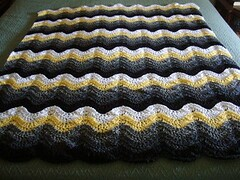 Caryn Joy Bloomfield (The Crochet Crowd) Tags: ripple crochet mikey yarn blanket afghan april redheart chevron challenge freepattern 2013 freecrochetpattern thecrochetcrowd oceanoceanwavesafghan