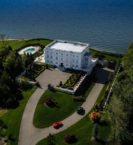 Centre Island Mansion Aerial pic 2