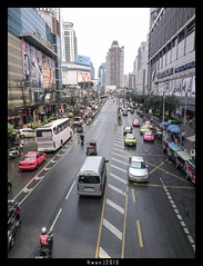 IMAG1173_OneX_BKK (hwan90) Tags: city travel mobile photography one asia phone bangkok small x smartphone sensor htc hwan 2013