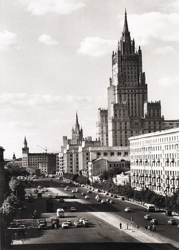076 Высотный дом на Смоленке 1950-е