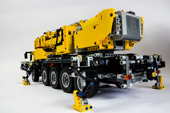 Lego Technic 42009 Mobile Crane (Oxycrest) Tags: mobile crane technic 42009 techlug