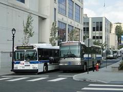 DSC03882 (GojiMet86) Tags: 2005 street 2002 bus buses dock metro north shuttle vista mta avenue yonkers westchester buena 3096 mnrr d60hf d4500cl 5616