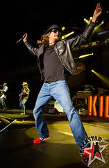 176032254SL057_Kid_Rock_And