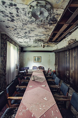 Berghotel : 13 (bestarns [www.spiritofdecay.com]) Tags: urban leave abandoned beautiful beauty canon wonderful de lost photography eos hotel photo amazing flickr photographie place image pics spirit decay gorgeous great picture 7d lovely ernest explo