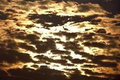 Des nuages, encore des nuages... - Cergy (95) (Yhellowkowbouvsky!) Tags: sunset france yellow clouds catchycolors ledefrance ciel cielo nubes nuages crpuscule cloudysky coucherdesoleil crepsculo cergy valdoise cloudysunset cielnuageux
