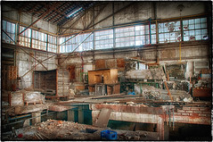 """old factory building • <a style=""""font-size:0.8em;"""" href=""""http://www.flickr.com/photos/58574596@N06/10295466806/"""" target=""""_blank"""">View on Flickr</a>"""