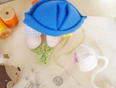 Enrole o retângulo menor ao meio... (Ateliê Bonifrati) Tags: cute diy bowtie craft gravata tutorial pap passoapasso bonifrati façavocêmesmo