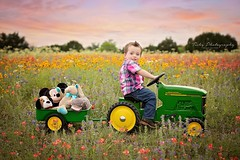 Tishy Photography // Child Photographer (tishybryant) Tags: light natural bluebonnet wildflower props beaumont tishy seniorphotographer whimsicalphotography austinchildphotographer tishyphotography tishysenior beaumontnewbornphotograph austinseniorphotograph beaumontchildphotographer