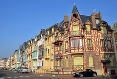 Mers-les-Bains (Somme) - Villas de front de mer (Morio60) Tags: 80 picardie somme merslesbains