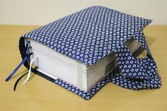 Porta-Livros 'Ancora' (Azul) (Bella Mia Ateli) Tags: portalivros livros papelaria feitomo encomendas produtosforadesrie elo7