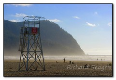 Lifeguard Tower (seagr112) Tags: unitedstates oregon oregoncoast seaside sonya900 beach pacificocean pacificcoasthighway highway101 lifeguardtower