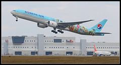 HL8275 Korean Air Lines Children Livery Boeing 777-300 (Tom Podolec) Tags: this image may be used any way without prior permission  all rights reserved 2015news46mississaugaontariocanadatorontopearsoninternationalairporttorontopearson