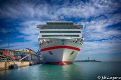 la proa (josmanmelilla) Tags: barcos mar trasmediterranea puerto melilla espaa sony