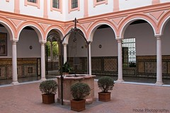 Museo de Bellas Artes (3) ({House} Photography) Tags: spain seville sevilla andalusia europe hot winter canon 70d 24105 f4 housephotography timothyhouse travel photography museo de bellas artes fine arts museum architecture interior courtyard wishing well plants pot arch
