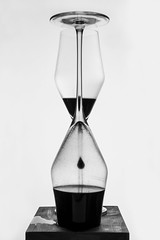 Tempus fugit (futhark) Tags: wood bw white black reflection texture clock cup glass ink idea woods waterdrop noir mood message time creative surreal atmosphere drop bn minimal textures reflect refraction concept gota conceptual temps simple cristal weiss liquid blanc copa schwarz tinta copas negre tempus tiempo liquido refract aniline fugit vidre