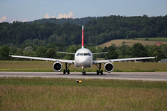 Swiss International Air Lines Airbus A320-214 (Marcellinissimo) Tags: swiss airbus zurichairport zrh lszh hbijn a320214