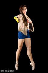 Francesca_015 (gilmolm) Tags: portrait music girl photoshop canon hair 50mm dance model ballerina cd flash dancer francesca jeans casual canonef35mmf2 lowkey ritratto metz ballo ragazza lightroom nissin modella canonef50mmf18ii danzamoderna danzaclassica figuraintera strobist canoneos450d canoneosdigitalrebelxsi canoneoskissx2 chiavebassa