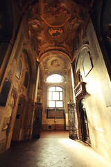 . (Nicol Panzeri) Tags: light italy milan church canon italia basilica milano wideangle chiesa gran