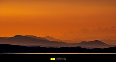 Emozioni pomeridiane - Ci incontreremo li, dove tramonta il sole. (Sandro Vinci) Tags: sunset italy orange cloud lake silhouette yellow fog clouds photoshop montagne lens landscape lago photo google amazing cool nikon flickr italia tramonto ph