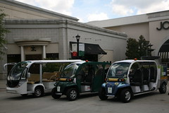 GEM Vehicles (Visit North Hills) Tags: green main free raleigh midtown transportation shuttle lassiter gem sustainable northhills electricvehicle midtownraleigh lassiteratnorthhillsavenue maindistrict