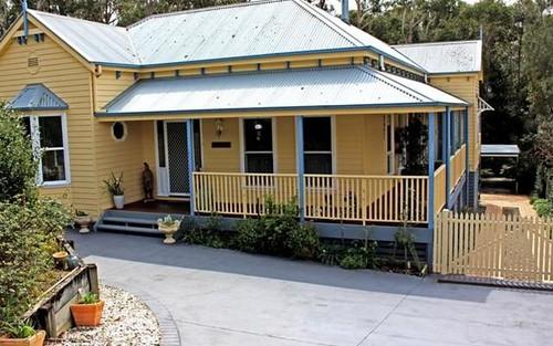 4 Blake Place, Narrawallee NSW 2539