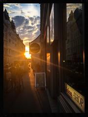 WEST Licht ! (agruebl) Tags: westlicht sunset vienna leicashop sonnenuntergangwien sonnenuntergang wien sterreich austria vienne autriche reflection sky clouds spiegelung himmel wolken camerastore street streetphotography