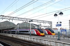 17777 390 125-119 virgin piccadilly stn manchester england (melbettsimages) Tags: manchester virgin virgintrains railway uk england piccadilly manchesterpiccadilly 390 125 119