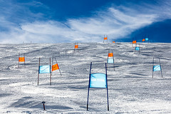 waiting for the warriors (ignacy50.pl) Tags: ski skiing skier slalom mountains winter sport snow sky clouds sun leisure outdoor ignacy50 highmountains alps alpine landscape austria kaprun glacier colorful