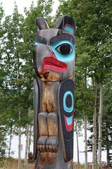Dakhawdi (Eagle) Clan Pole (demeeschter) Tags: canada yukon territory teslin lake town heritage center native american tlingit historical museum art attraction