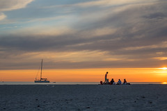 Silhouettes (Infomastern) Tags: skanr beach boat bt hav mnniska people sea silhouette siluett solnedgng strand sunset exif:model=canoneos760d exif:aperture=71 geocountry camera:make=canon exif:isospeed=100 camera:model=canoneos760d geostate geolocation exif:lens=efs18200mmf3556is exif:focallength=35mm geocity exif:make=canon