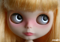 Jady and her silvery blue eyechips :)